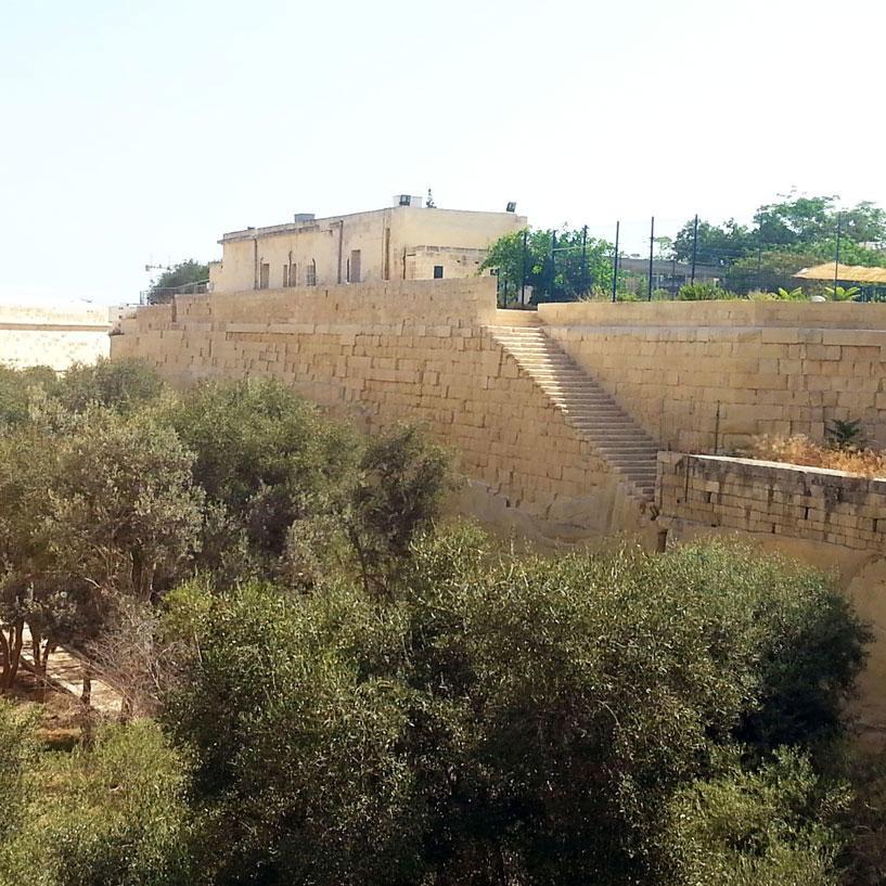 Birgu Landfront Fortifications BRG 07