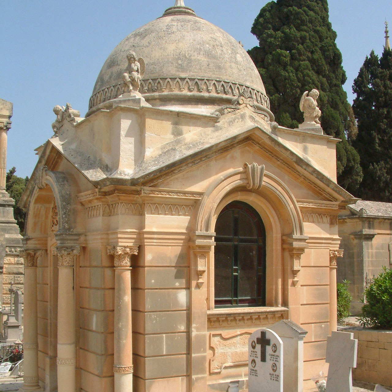 Muscat Family Chapel, Addolorata Cemetery